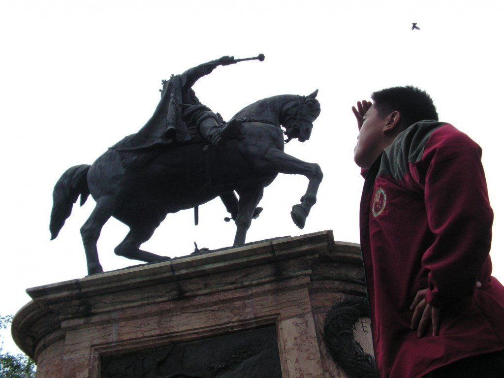 Looking high at the equestrian statue of Stefan Cel Mare or King Stephen the Great which ruled Moldavia centuries ago.