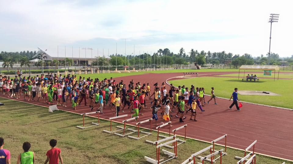 The Blue Knights Track League goes to DavNor Participants during the Opening Parade.